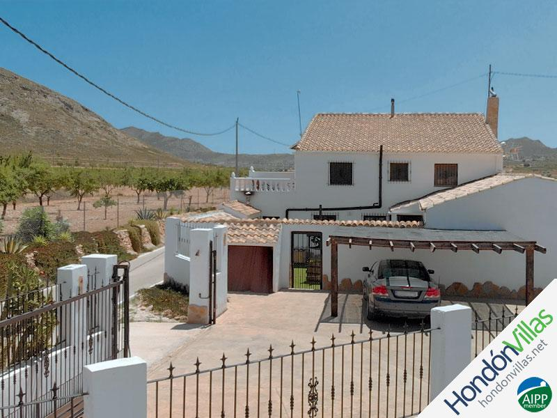 ID# 519B ©2021 Property and Villas for Sale in Hondon