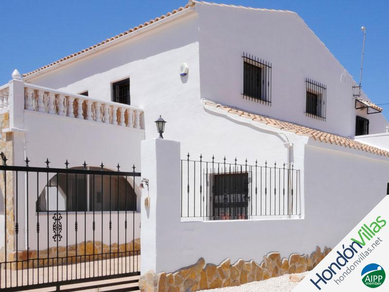 ID# 519C ©2021 Property and Villas for Sale in Hondon
