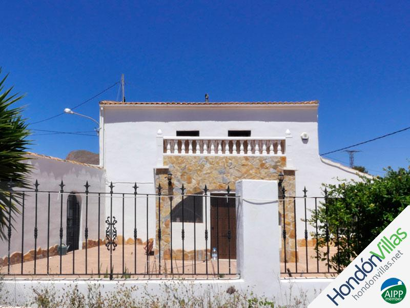 ID# 519S ©2021 Property and Villas for Sale in Hondon