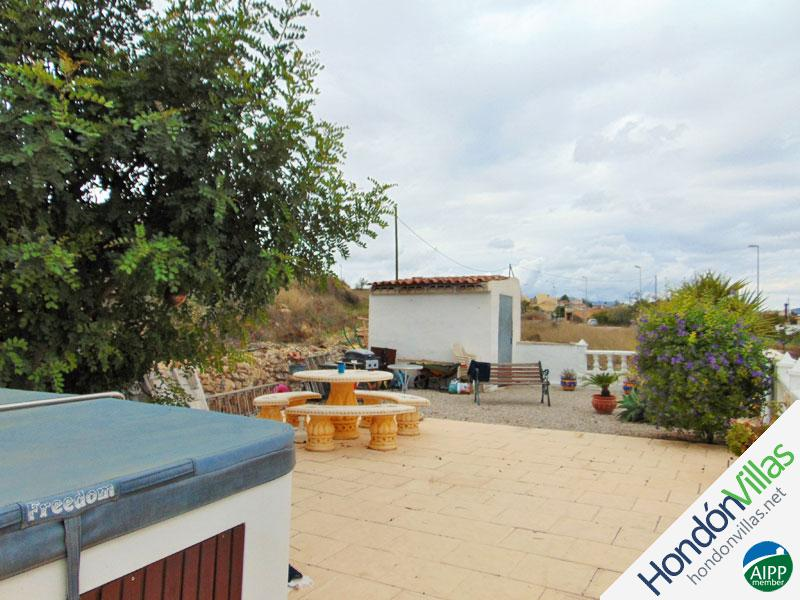 ID# 643O ©2021 Property and Villas for Sale in Hondon