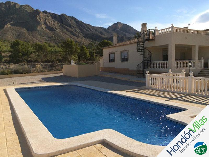 ID# 723B ©2021 Property and Villas for Sale in Hondon