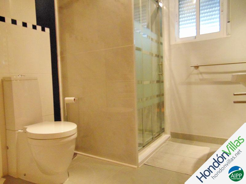 ID# 733T ©2021 Property and Villas for Sale in Hondon