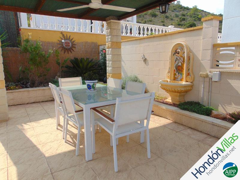ID# 735W ©2021 Property and Villas for Sale in Hondon