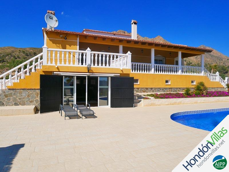 ID# 752S ©2021 Property and Villas for Sale in Hondon