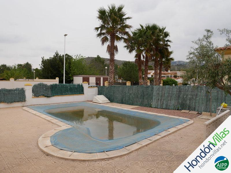 ID# 765B ©2021 Property and Villas for Sale in Hondon