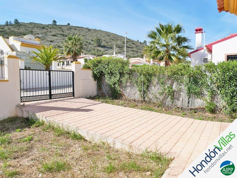 ID# 767N ©2021 Property and Villas for Sale in Hondon