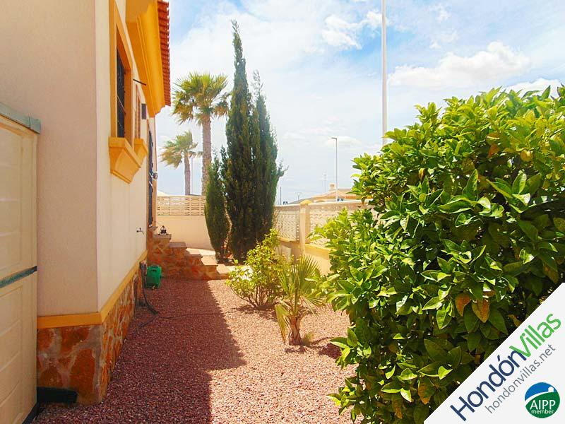 ID# 793O ©2021 Property and Villas for Sale in Hondon