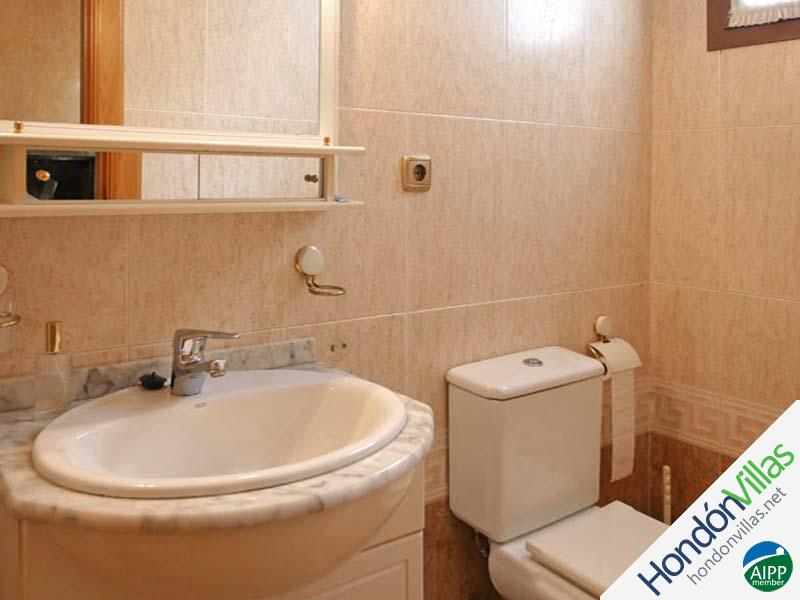 ID# 903P ©2021 Property and Villas for Sale in Hondon