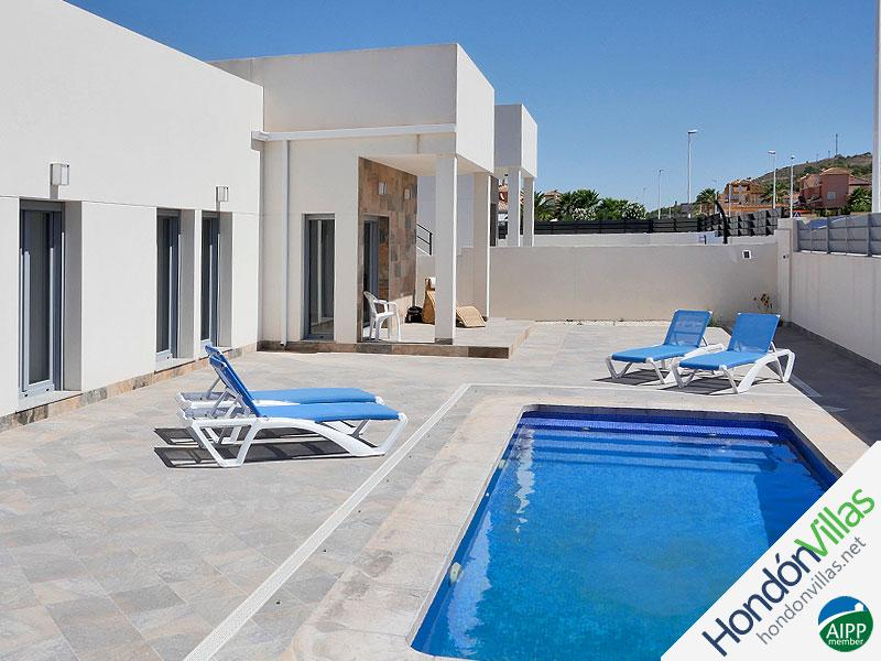 ID# 933P ©2021 Property and Villas for Sale in Hondon