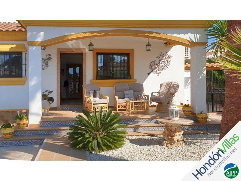 ID# 945L ©2021 Property and Villas for Sale in Hondon