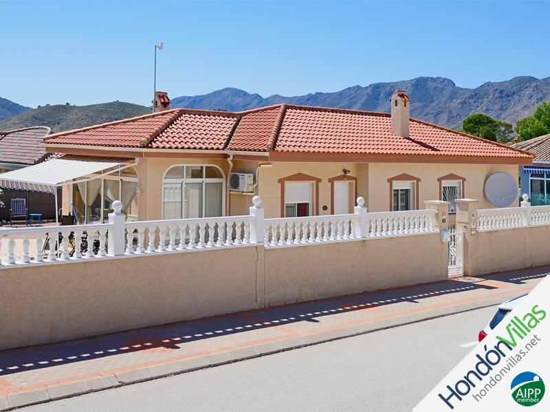 ID# 953B ©2021 Property and Villas for Sale in Hondon