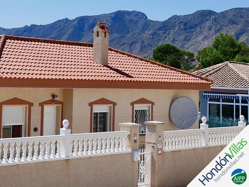 ID# 953W ©2021 Property and Villas for Sale in Hondon
